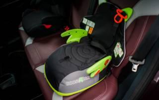 Unsere Erfahrung mit dem Kindersitz-Rucksack BoostAPak von Trunki