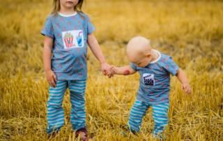 Popcorn-Shirt für Geschwister: Schnittmuster Eazzy Shirt von Sara&Julez