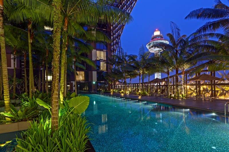 Crowne Plaza Changi Airport – Swimming Pool