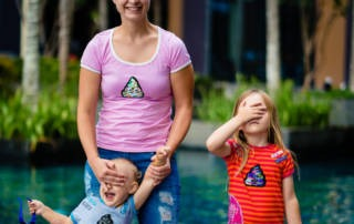 Wendepailletten-Shirt für die ganze Familie: Kackhaufen für alle!
