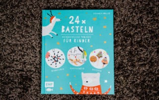 24 x Basteln: Weihnachtliche Projekte für Kinder - Buchrezension