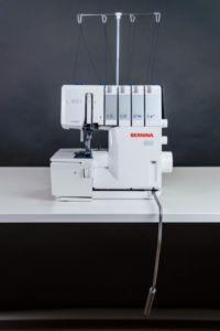 Overlock-Naehmaschine-033
