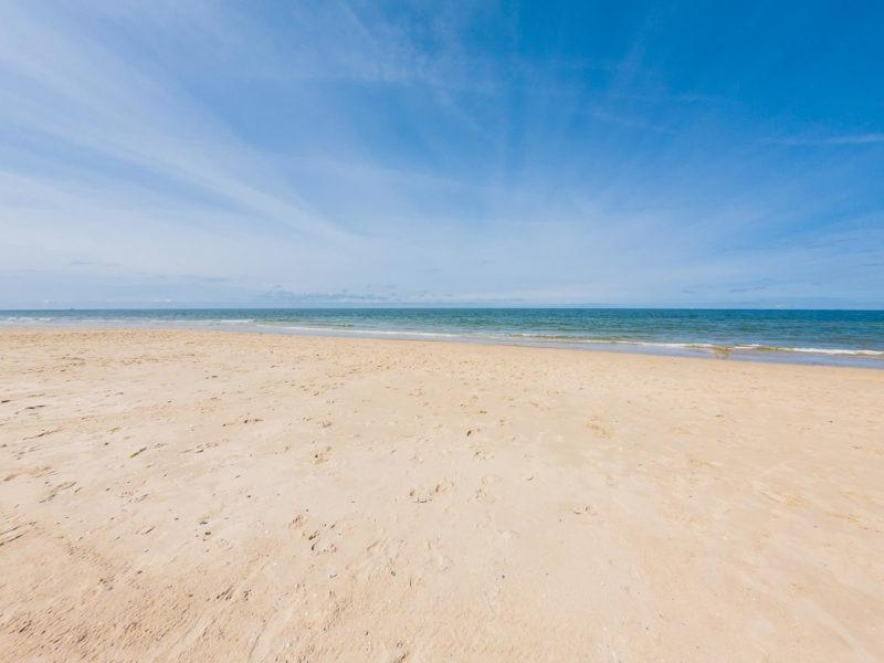 Nordsee Strände: Viel Platz zum Spielen am Strand von Langeoog