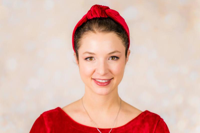 Rotes Samt Kleid naehen 010