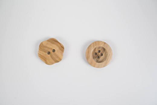 Nachhaltige Knoepfe Produktbilder 180