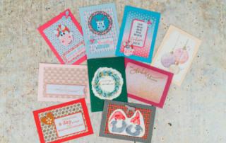 Karten basteln: Weihnachtskarten selber machen mit dem Plotter und Aquarellfarben