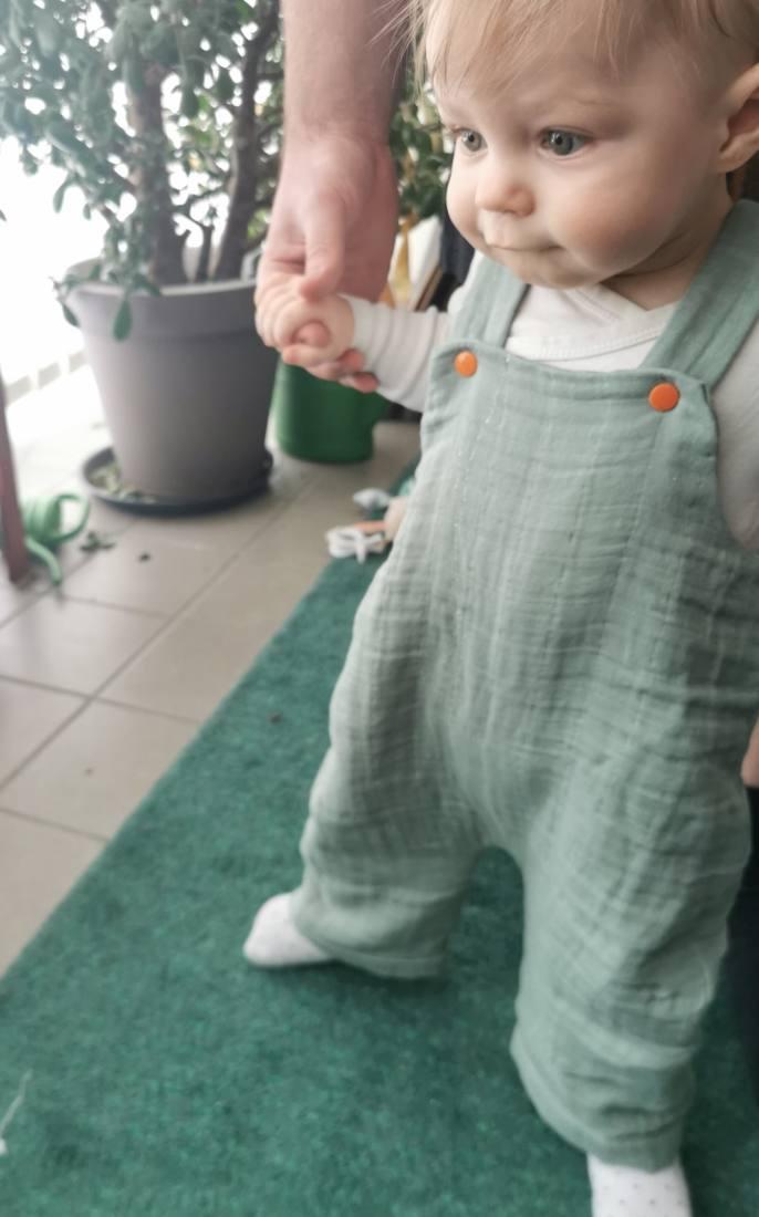 latzhose-baby-naehen-57