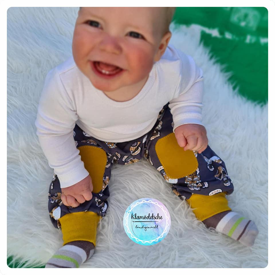 baby-pumphose-naehen-2